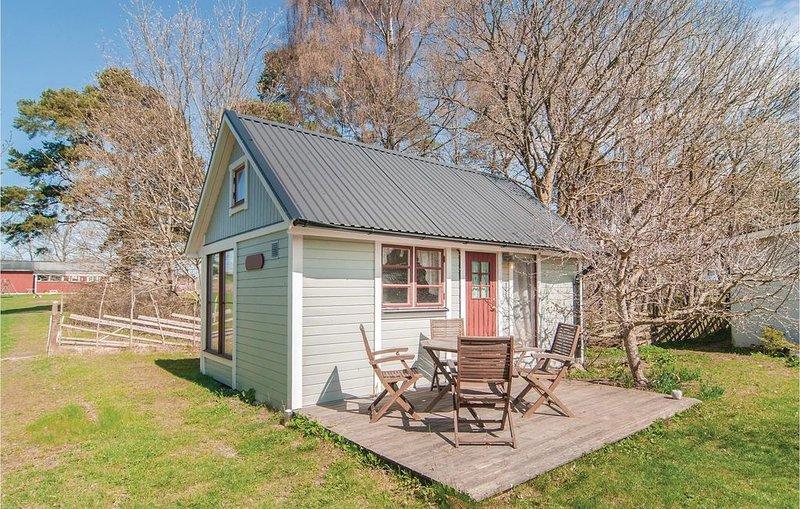 1 Zimmer Unterkunft in Visby, vacation rental in Visby
