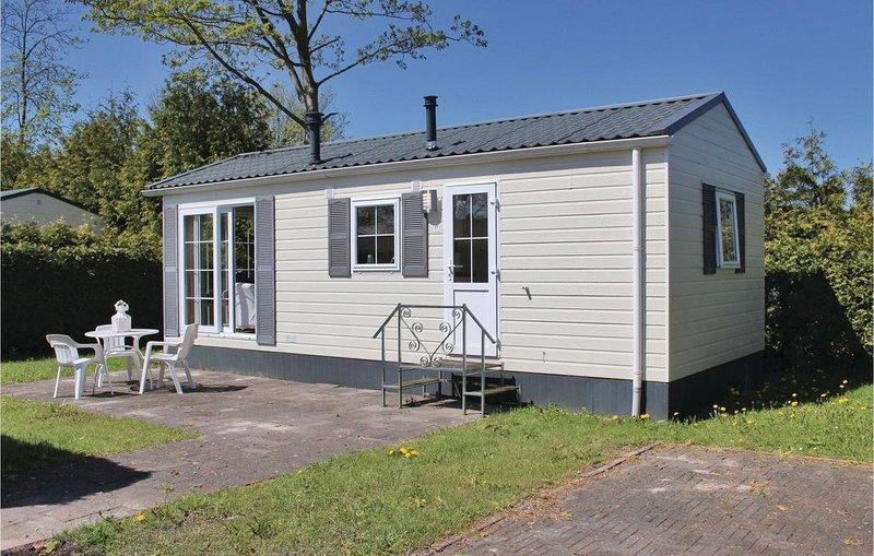 1 Zimmer Unterkunft in Tzummarum, vacation rental in Sexbierum