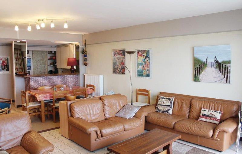 3 Zimmer Unterkunft in Oostende, holiday rental in Ostend