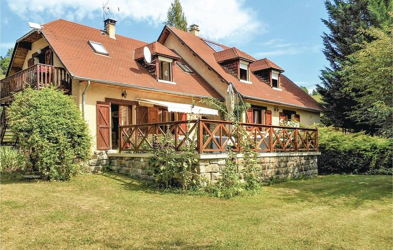 3 Zimmer Unterkunft in Corps, holiday rental in Les Cotes-de-Corps
