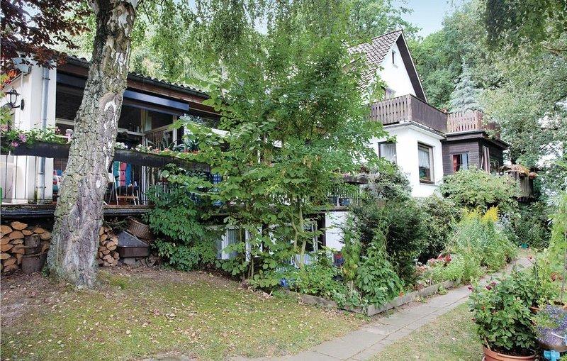 4 Zimmer Unterkunft in Hessisch Oldendorf, holiday rental in Heessen
