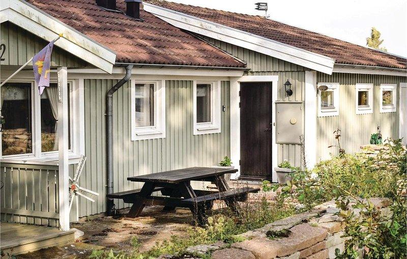 2 Zimmer Unterkunft in Degerhamn, holiday rental in Degerhamn