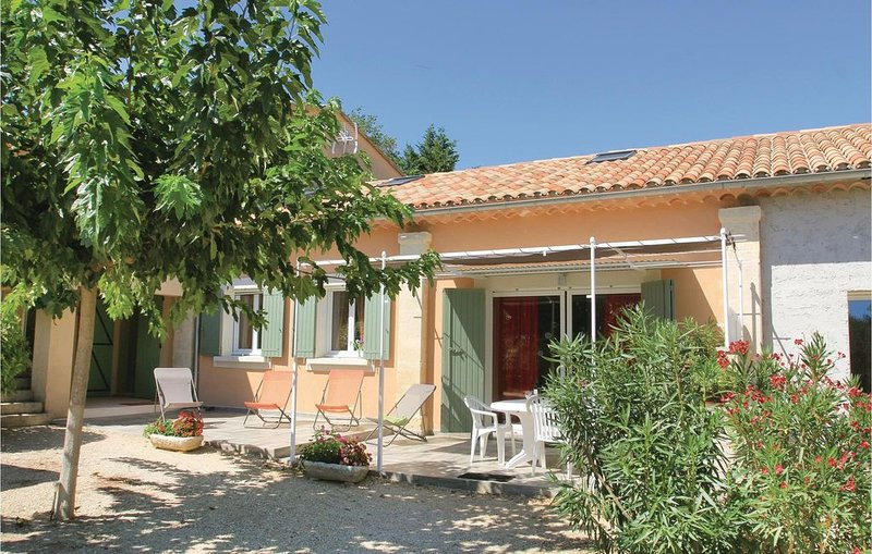 3 Zimmer Unterkunft in Roussillon, holiday rental in Roussillon
