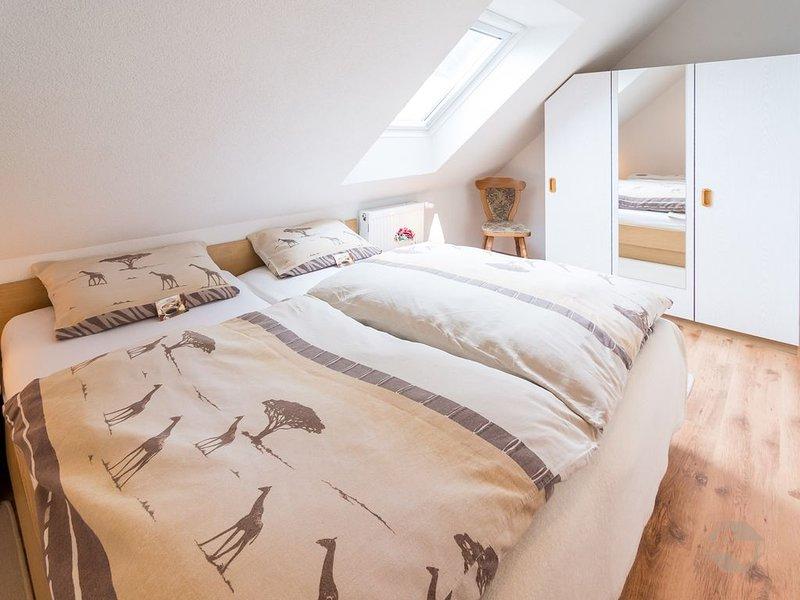 Ferienwohnung 50qm, 2 Schlafzimmer, max. 4 Personen, aluguéis de temporada em St. Georgen im Schwarzwald