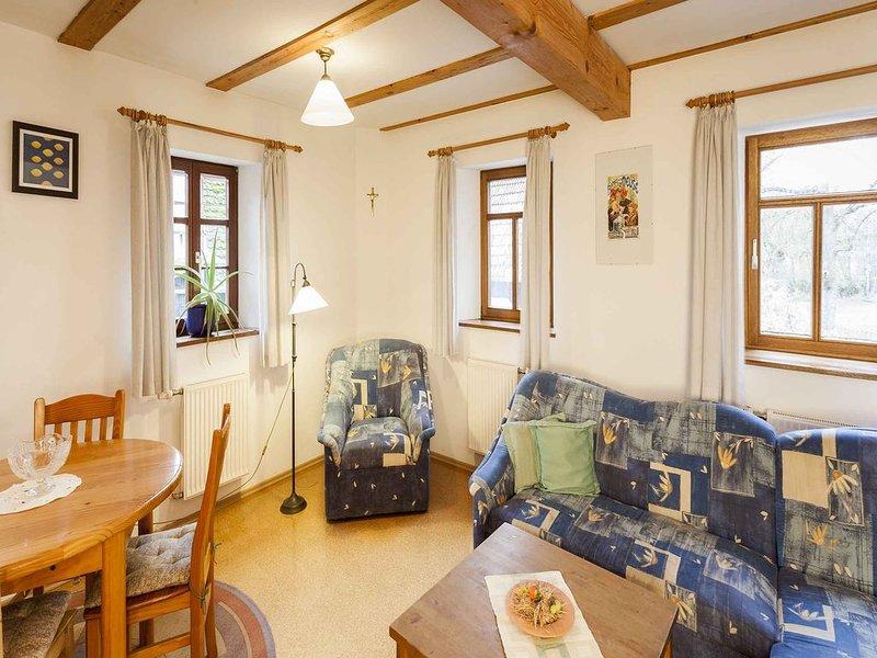 Ferienwohnung mit Terrasse, 43 qm, 1 Schlafzimmer für max. 2 Erw. + 2 Kinder, Ferienwohnung in Kitzingen