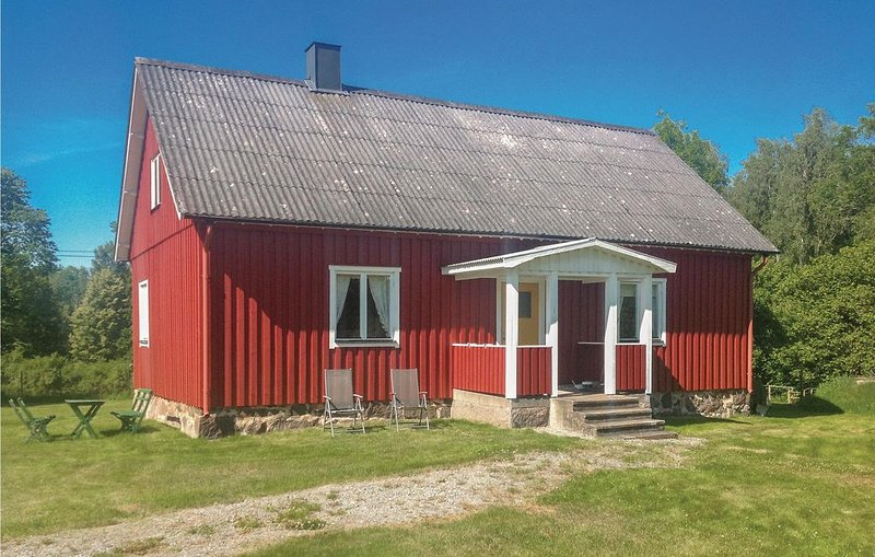2 Zimmer Unterkunft in Emmaboda, holiday rental in Nybro