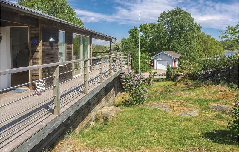 2 Zimmer Unterkunft in Listerby, holiday rental in Ronneby