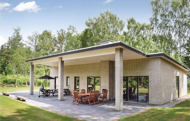 4 Zimmer Unterkunft in Ebeltoft, vacation rental in Southdjurs Municipality
