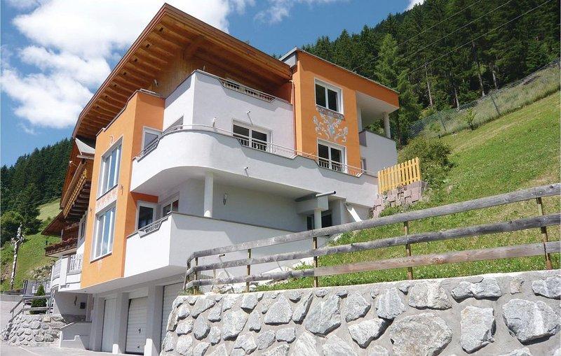2 Zimmer Unterkunft in Kappl, vacation rental in Ischgl