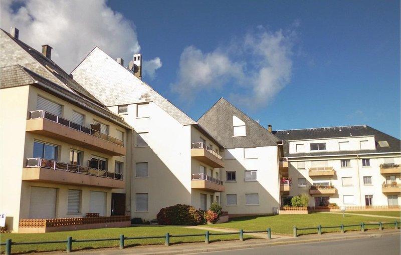 1 Zimmer Unterkunft in Grandcamp-Maisy, holiday rental in Grandcamp-Maisy