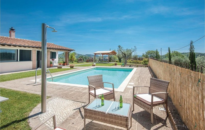 2 Zimmer Unterkunft in Caldana -GR-, location de vacances à Giuncarico