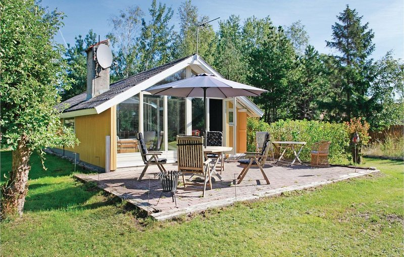 2 Zimmer Unterkunft in Vig, vacation rental in Oroe