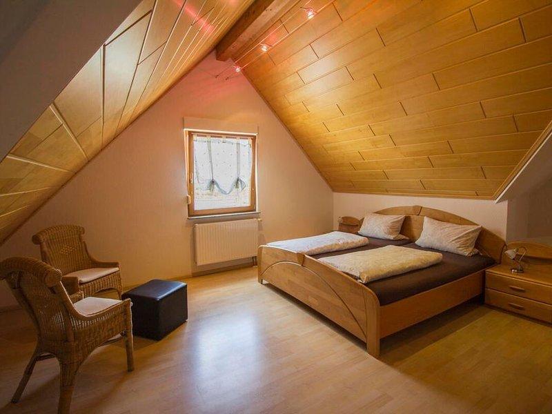 Ferienwohnung 1 mit ca. 70qm, 1 Schlafzimmer, für maximal 3 Personen, alquiler vacacional en Sasbachwalden