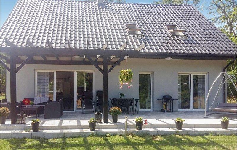 2 Zimmer Unterkunft in Nowe Warpno, location de vacances à Nowe Warpno