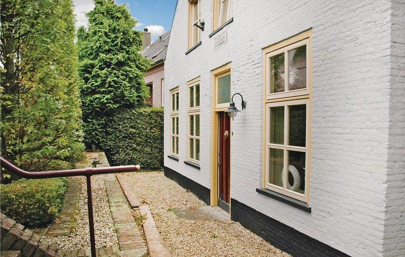 5 Zimmer Unterkunft in Wijk en Aalburg, holiday rental in Tricht