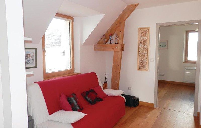 2 Zimmer Unterkunft in Carolles, holiday rental in Sartilly