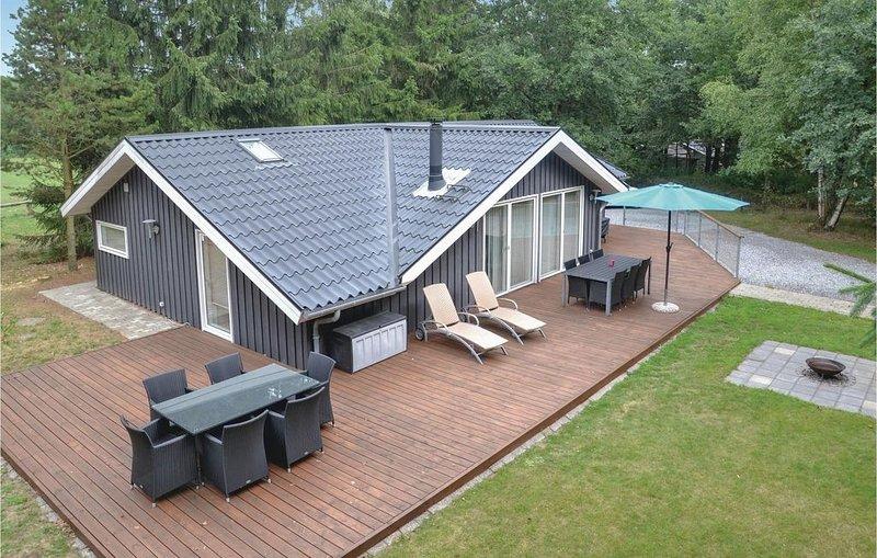 3 Zimmer Unterkunft in Give, location de vacances à Bording