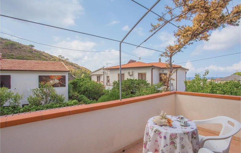 3 Zimmer Unterkunft in Pomonte - LI -, vacation rental in Chiessi