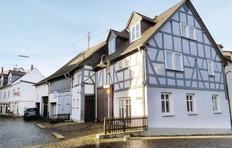 2 Zimmer Unterkunft in Hachenburg, holiday rental in Rehe