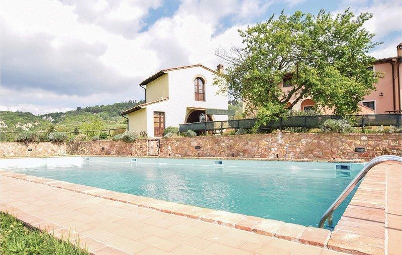 2 Zimmer Unterkunft in Toiano PI, holiday rental in Legoli