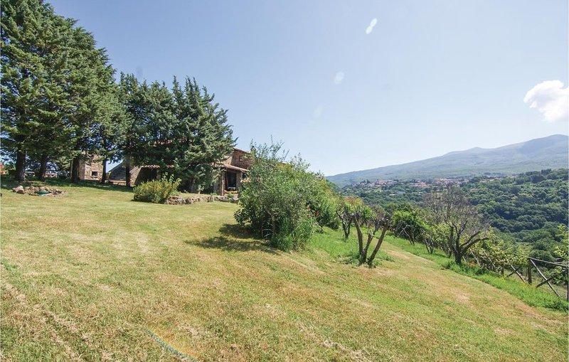 8 Zimmer Unterkunft in Arcidosso GR, holiday rental in Montelaterone