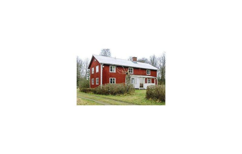 3 Zimmer Unterkunft in Skillingaryd, holiday rental in Hestra