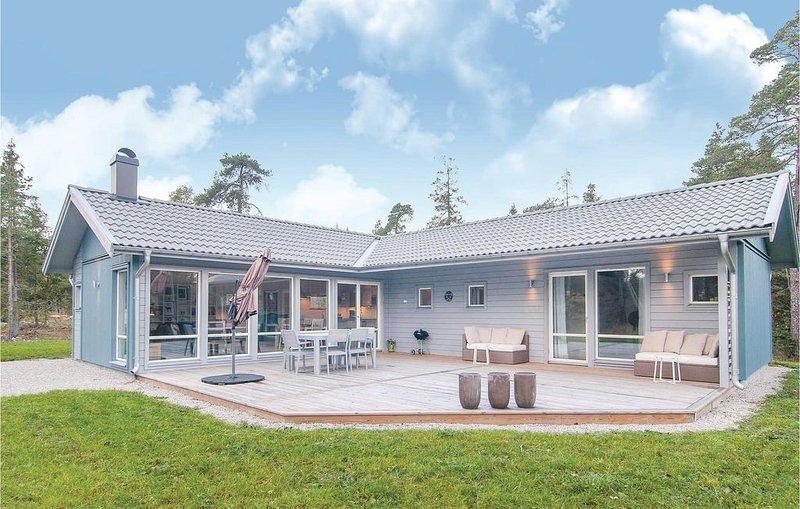 3 Zimmer Unterkunft in Lärbro, holiday rental in Gotland