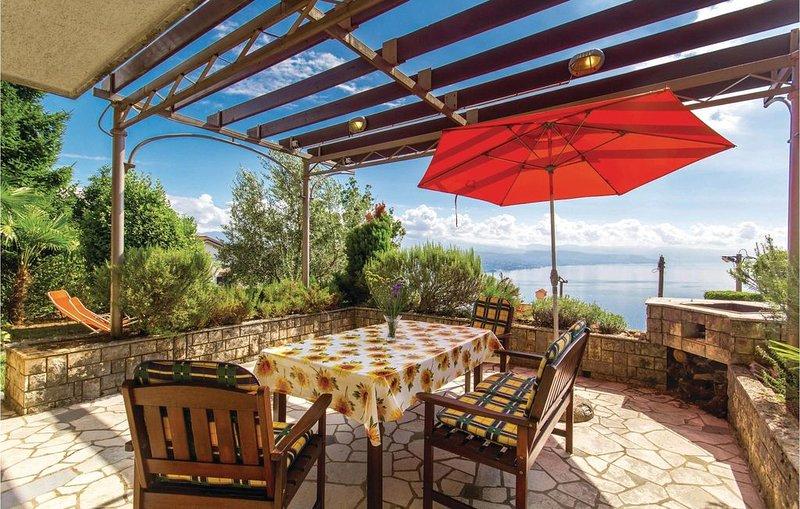 2 Zimmer Unterkunft in Kolavici, holiday rental in Opatija