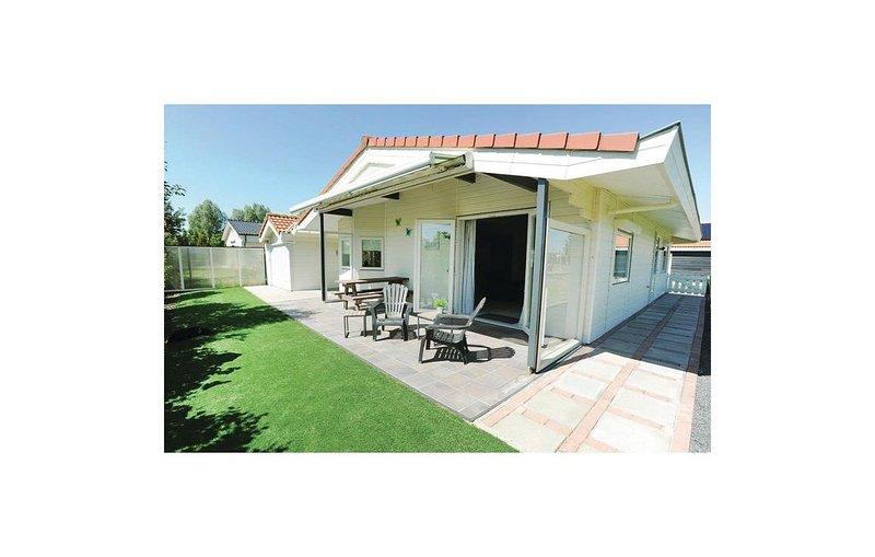 2 Zimmer Unterkunft in Sint-Annaland, holiday rental in Sint Maartensdijk