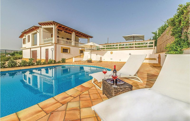 3 Zimmer Unterkunft in Sambuca di Sicilia AG, holiday rental in Santa Margherita di Belice