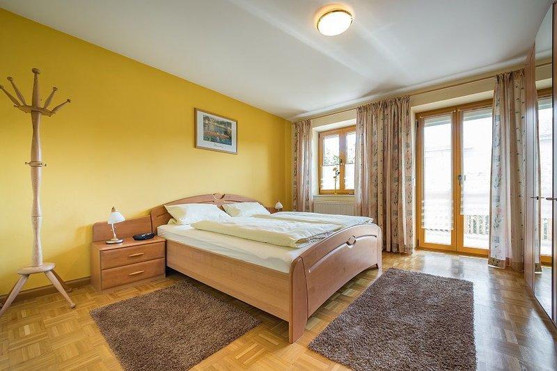 Exklusive Nichtraucher-Ferienwohnung in ruhiger Lage für 1-3 Personen, holiday rental in Ruhstorf an der Rott