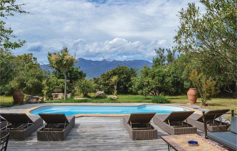 4 Zimmer Unterkunft in Figari, vacation rental in Figari