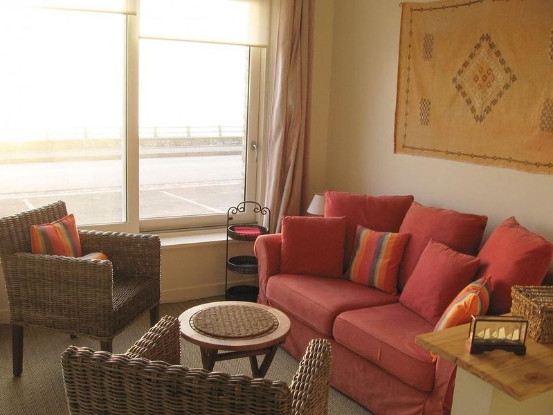 Ambleteuse, Côte d'Opale: appartement 2 à 4 personnes face mer., location de vacances à Audresselles
