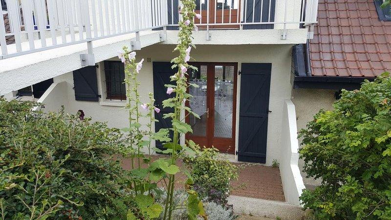 Audinghen, Côte d'Opale, proche Site des caps: studio 2 personnes, à 150m de la, holiday rental in Audinghen