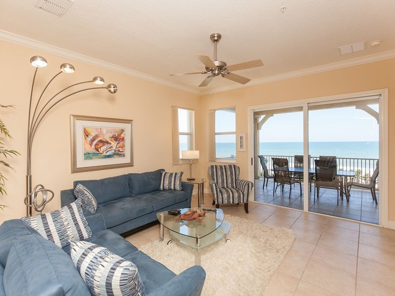 Cinnamon Beach 741 - Direct Oceanfront Corner Unit! New Living Room!!, alquiler de vacaciones en Palm Coast