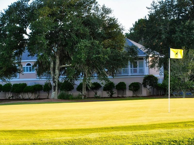 Charming villa overlooking the golf course, close to the DeBordieu Clubhouse!, vacation rental in Georgetown