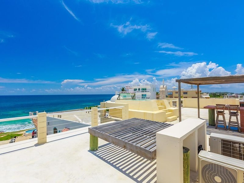 Casa Nueva Esperanza - Upstairs, location de vacances à Playa Mujeres
