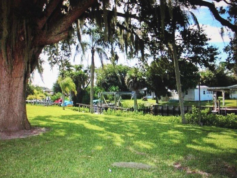 Old style true Florida home, aluguéis de temporada em Nokomis