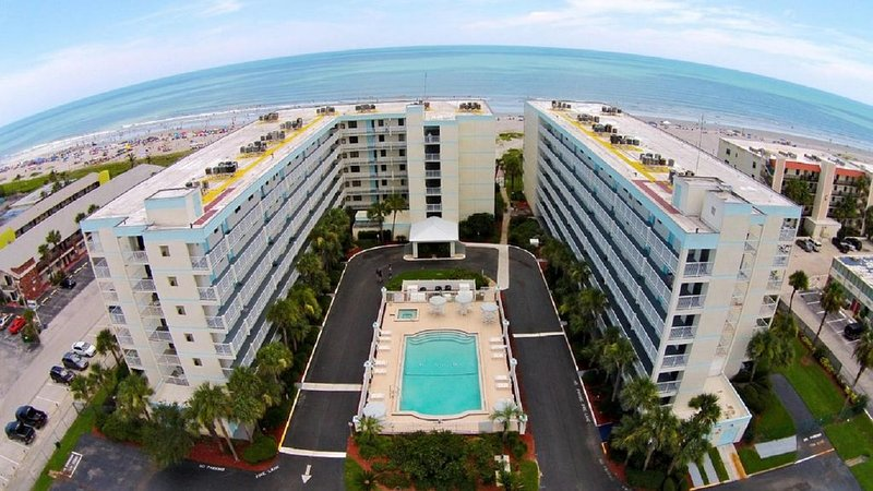SANDCASTLES  5TH FLOOR - 2 BALCONIES,  FULLY EQUIPPED, alquiler vacacional en Cocoa Beach