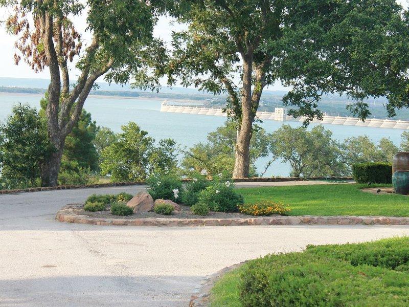 1000' Shoreline Lake Buchanan-Like Your Own Private Resort-Amazing View-10 Bed, location de vacances à Buchanan Dam