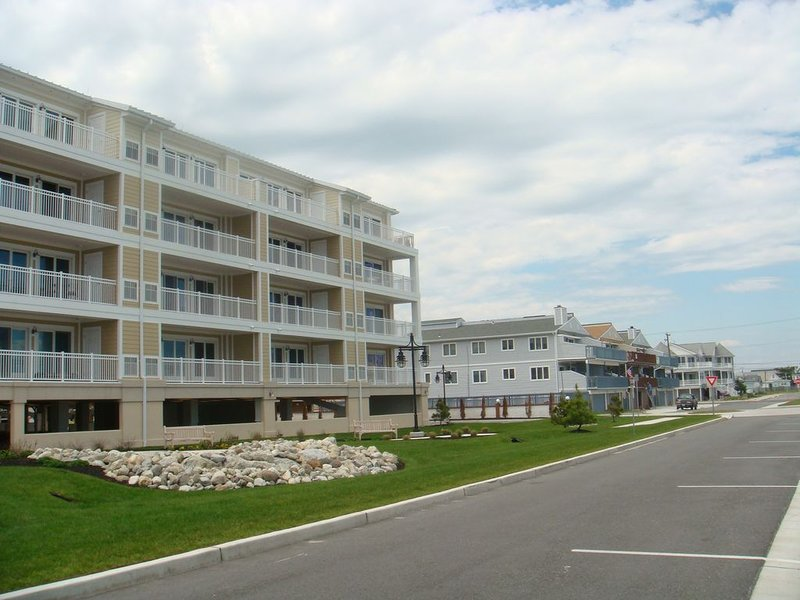 Beach front 4BR/3BA two level penthouse, holiday rental in North Wildwood
