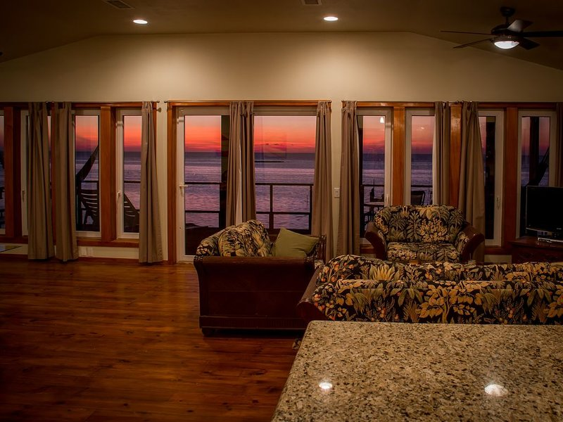 Penthouse Ocean View during a spectacular sunset.