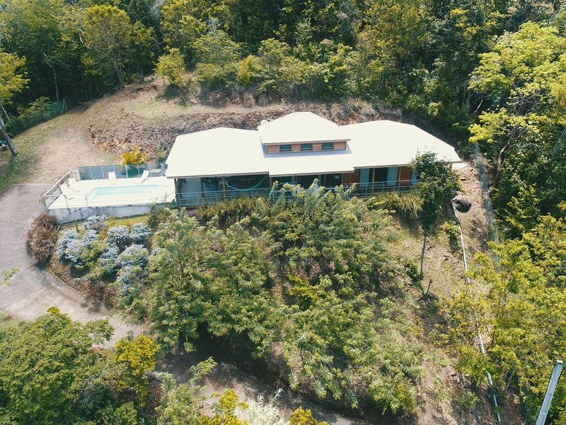 Villa for rent for private pool holidays in Bouillante, Guadeloupe