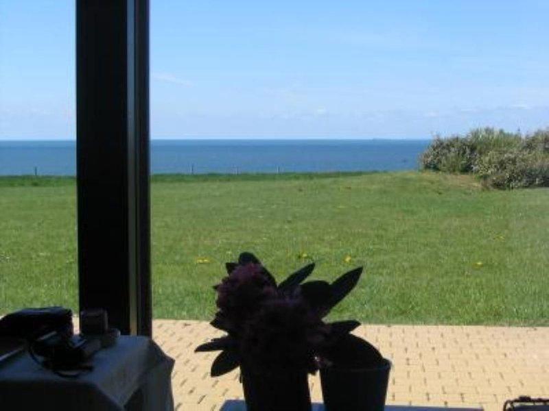 appartement dans résidence LA NATURELLE face à la mer, location de vacances à Audresselles