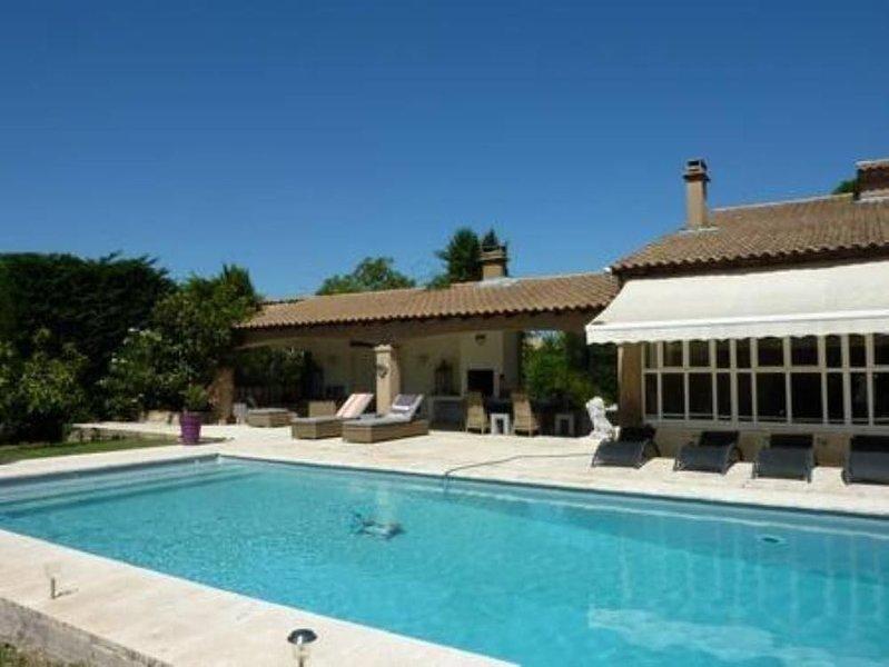 Superbe propriété en Avignon, holiday rental in Saint Saturnin les Avignon