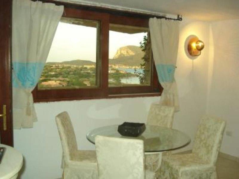 Appartamento sul mare S'Abba e Sa Pedra, holiday rental in Golfo Aranci