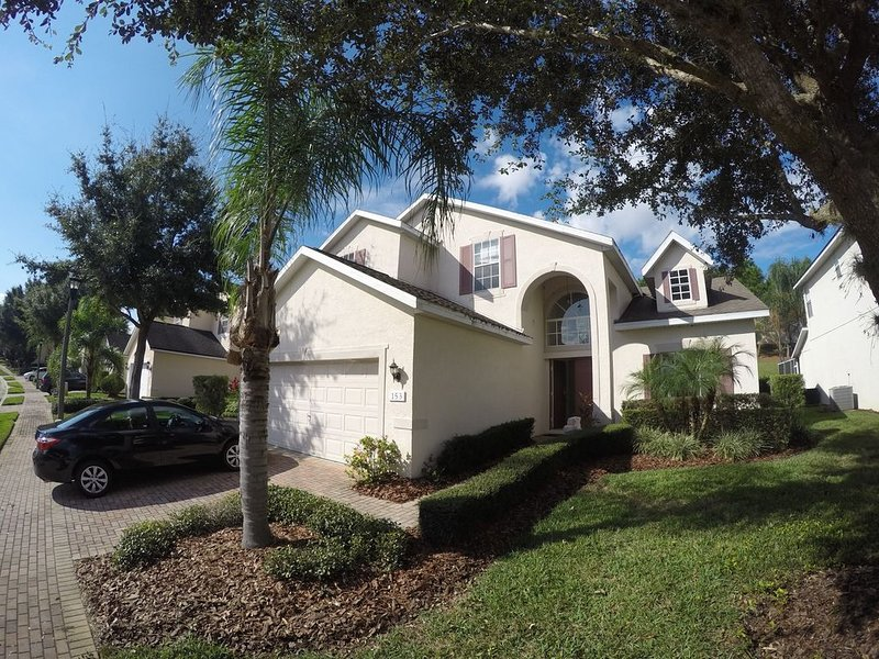Beautiful 4 bed Villa Orlando Florida Heated pool , Games room, Disney 10 ******, alquiler de vacaciones en ChampionsGate