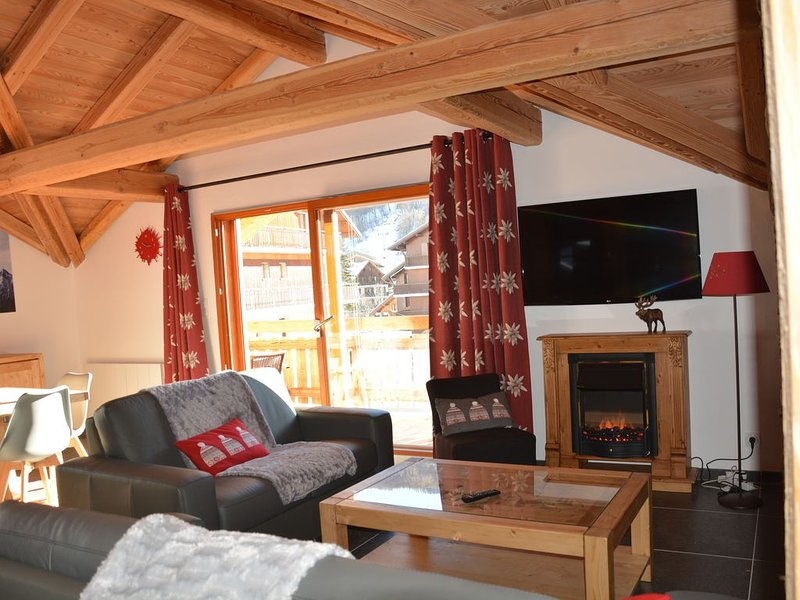 95 m2 le col du Galibier 4**** pour 7 personnes au centre de Valloire, holiday rental in Valloire
