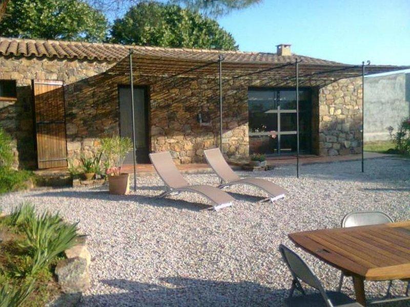 bergerie rénovée  avec beau jardin, holiday rental in Calenzana