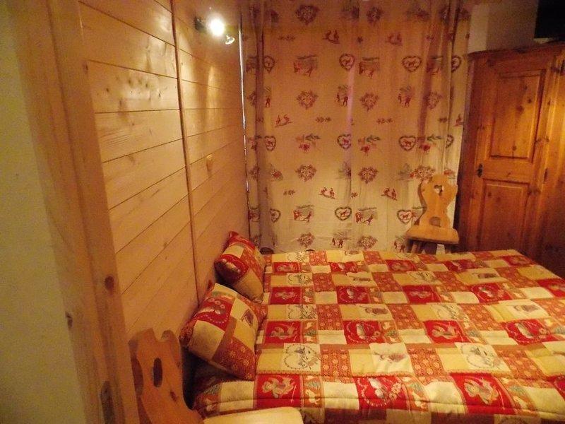 CHARMANT APPARTEMENT DE  2 PIECE AU PIED DES PISTES, holiday rental in Les Menuires